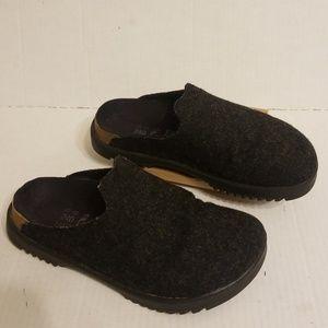 Birkenstock Betula clogs sandals women's size 6